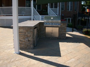 Outdoor Kitchen by Barrick and Sons